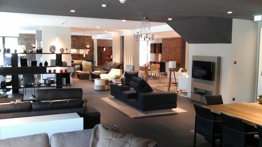viele m bel aus unserer ausstellung von 25 bis 50 reduziert wohnkultur amberg m bel. Black Bedroom Furniture Sets. Home Design Ideas